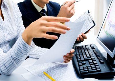 Kinteto-est---oferecendo-1-vaga-de-emprego-para-fun----o-de-Auxiliar-Administrativo